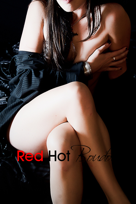 Austin Boudoir Photographer, Anna Munoz. Red Hot Boudoir Photography Austin, TX